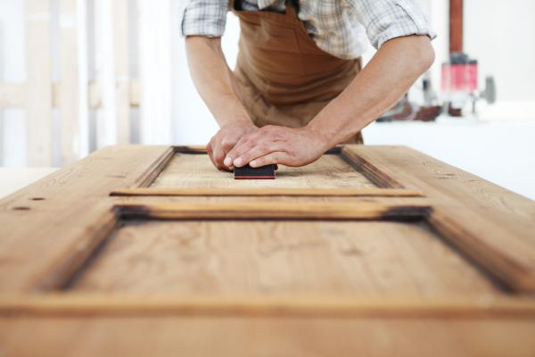 Cómo barnizar puertas - Cómo barnizar puertas paso a paso