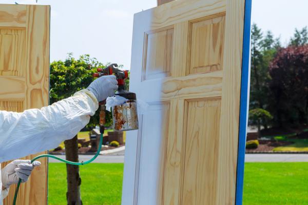 Cómo puertas LACAR – ¡Obtenga un acabado perfecto!