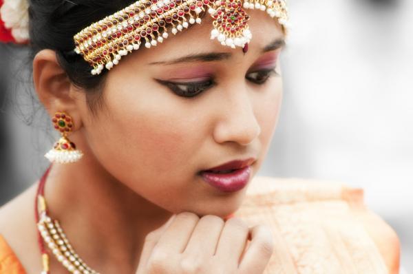 El mejor rubor de durazno para la piel india: comprender la tez