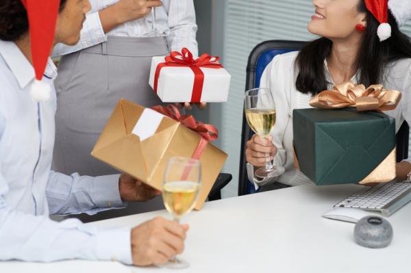Ideas divertidas para el intercambio de regalos de Navidad - Secret Santa