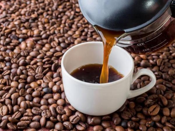 Cómo deshacerse del aliento a cerveza - café