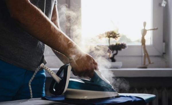Cómo quitar la goma de mascar de la ropa: ¡6 métodos efectivos! - calor
