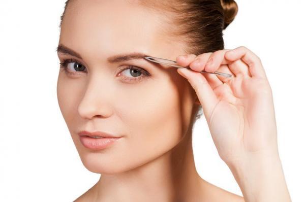 ¿Por qué mis cejas no vuelven a crecer? ¿Qué causa la caída del cabello en las cejas?