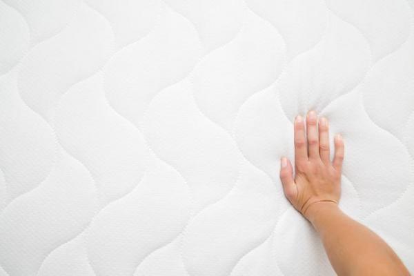 ¿Necesito un colchón nuevo? - Cuándo reemplazar su colchón - Factores ambientales