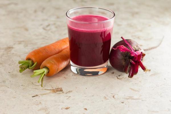 ¿Para qué se utiliza el jugo de remolacha y zanahoria? - Mejora los procesos cognitivos y previene enfermedades como la anemia