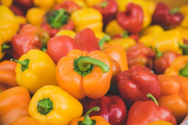 Alimentos que se deben evitar por la noche para bajar de peso: alimentos recomendados para la cena