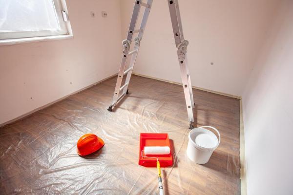 Cómo pintar un techo de madera - Paso 1
