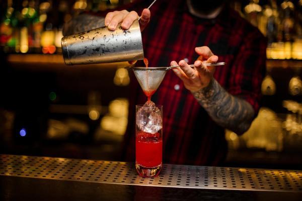 Cómo hacer el cóctel Bloody Mary perfecto - Paso 2