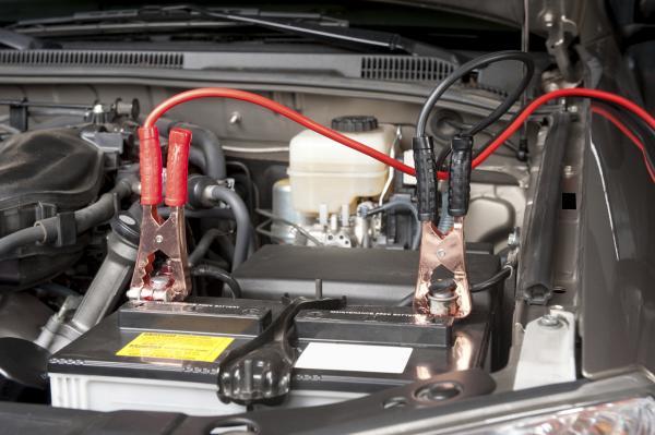 Cómo arrancar un coche automático