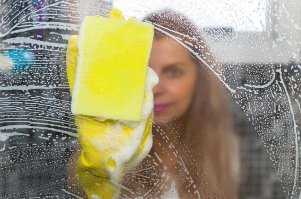 Cómo limpiar espejos sin dejar rayas