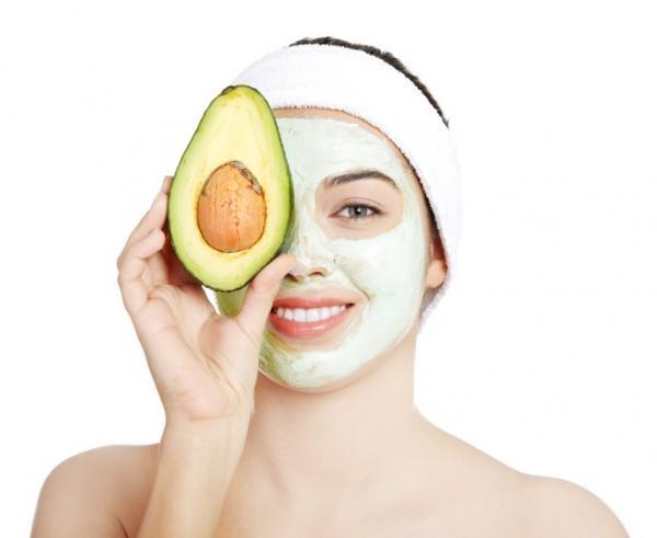 Los mejores usos de la belleza del aguacate - Usos de la belleza del aguacate: mascarillas faciales