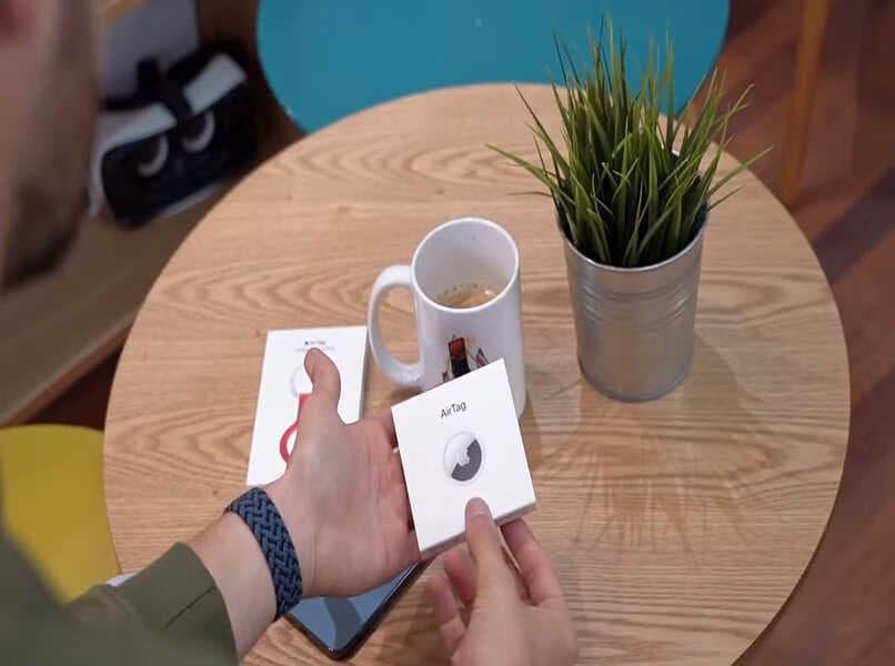 embalaje del producto airtag