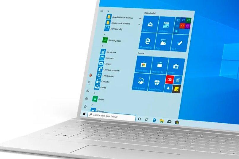 laptop con windows 11 instalado