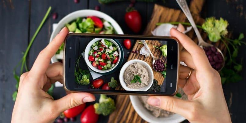 tomar fotografías de platos de comida