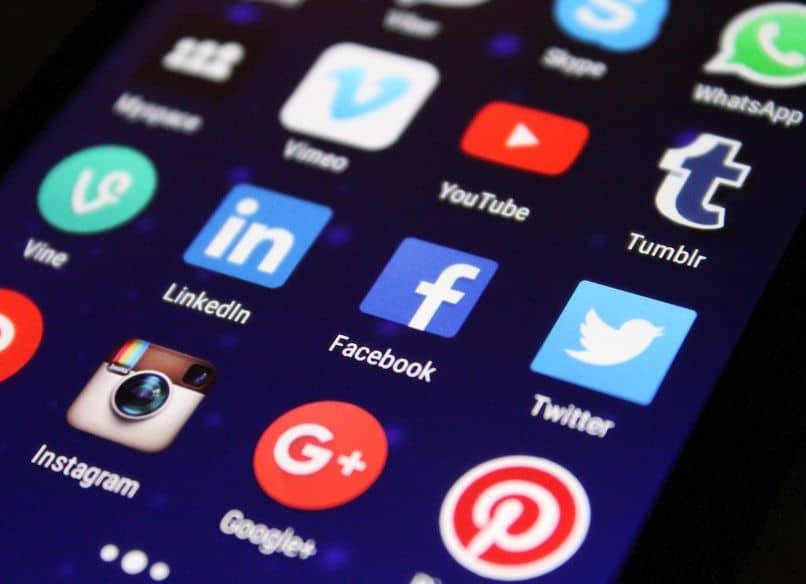 red social de aplicaciones móviles