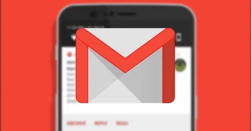 sobre el logo de gmail