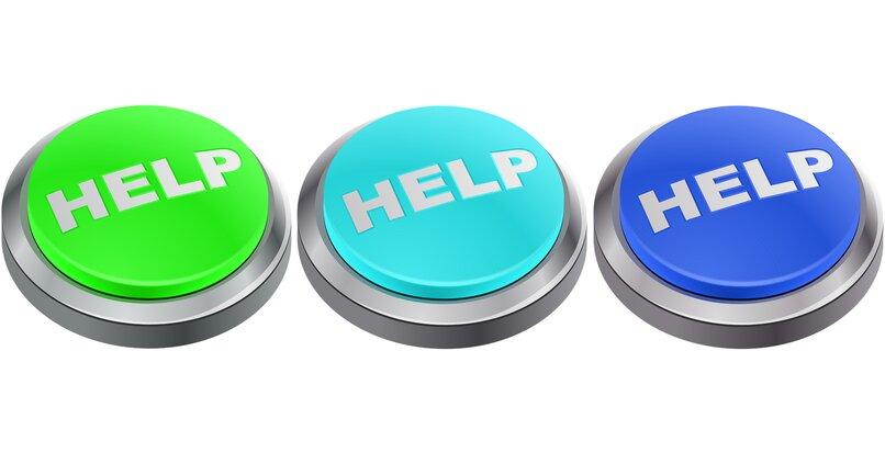 Cómo agregar información de emergencia a la pantalla del teléfono