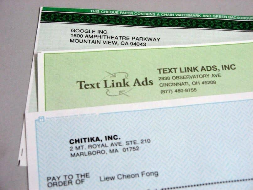 AccelMax Check Writer es un excelente software gratuito que puede utilizar para crear un registro de cheques e imprimirlos de la forma que desee.  La aplicación que obtendrá en el sitio AccelMax le permite configurar los cheques de acuerdo a un diseño particular y personalizar el formato de acuerdo a sus preferencias.  Con AccelMax, incluso puede crear gráficos, obtener un resumen de la cuenta y configurar sus facturas.