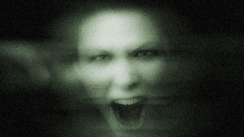foto con efecto fantasma