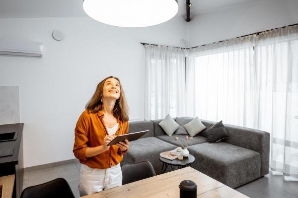 Cómo crear luz natural en interiores