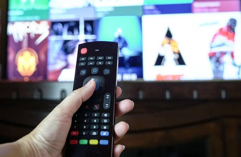 descargar aplicaciones en hitachi smart tv