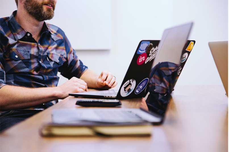 cómo jugar t-rex runer con internet