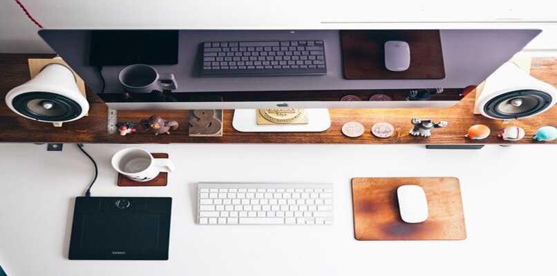 escritorio de artículos de manzana