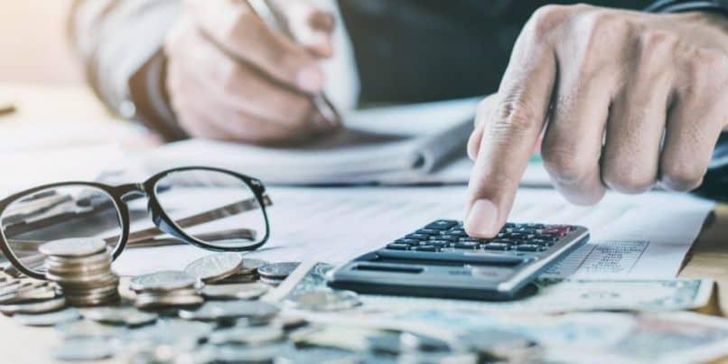 ¿Cuáles son los beneficios de la participación en las ganancias o la participación en las ganancias corporativas?