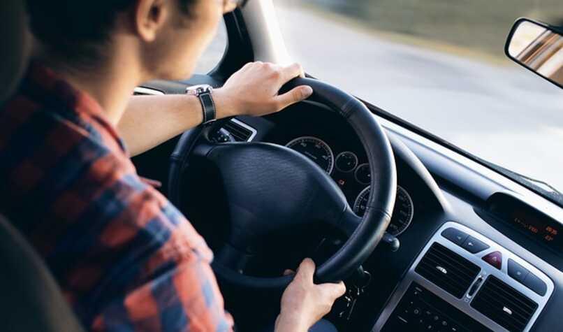Cómo activar el «modo de conducción» en Google Maps y agregar un acceso directo