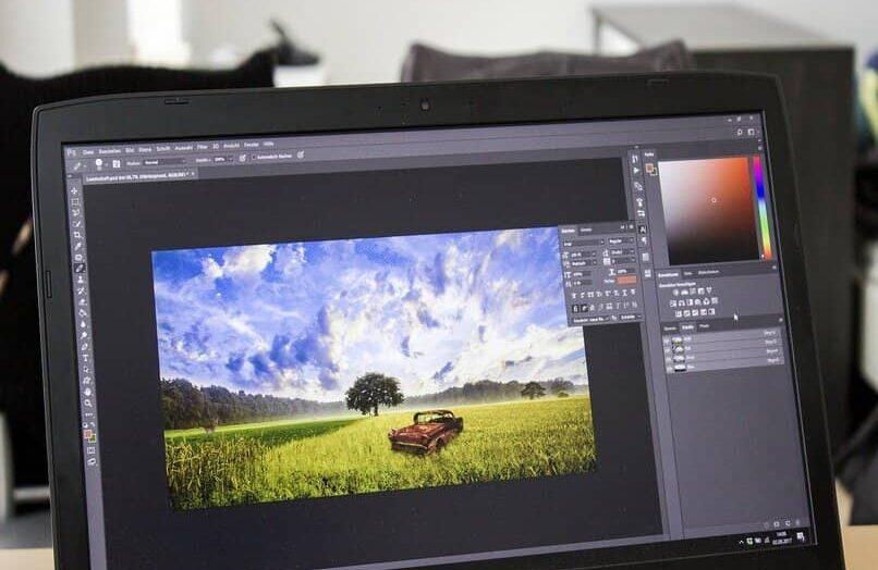 Cómo vectorizar una imagen con la herramienta Pluma en Adobe Illustrator