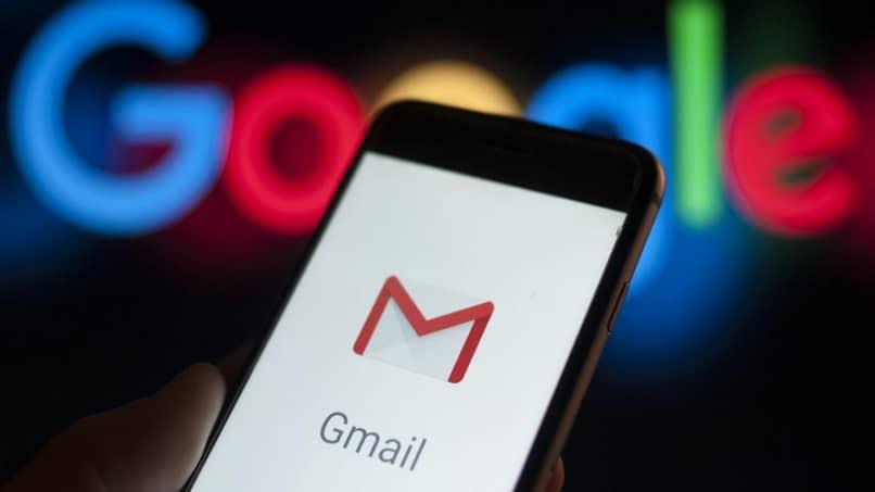 Cómo iniciar sesión en varias cuentas de Gmail al mismo tiempo en su Android o iPhone