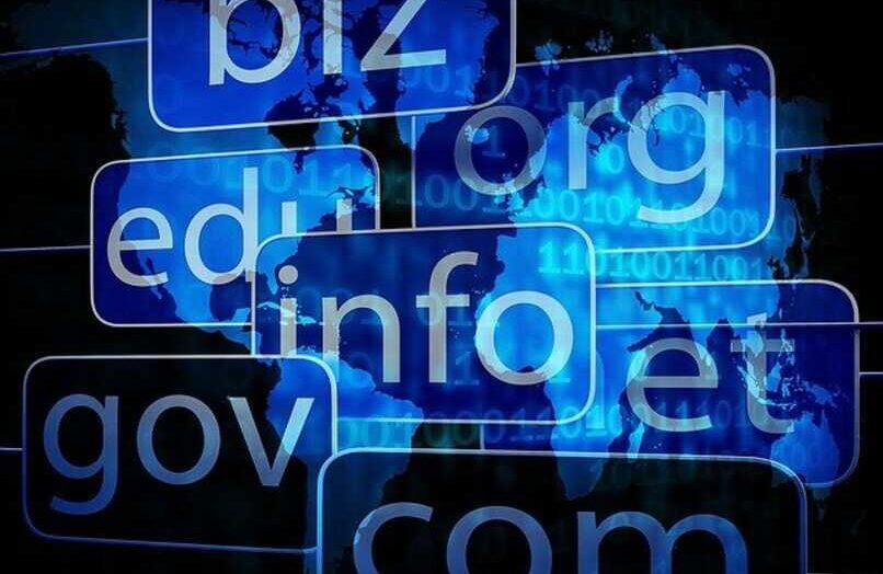 Cómo saber si un nombre de usuario, dominio o sitio web está disponible