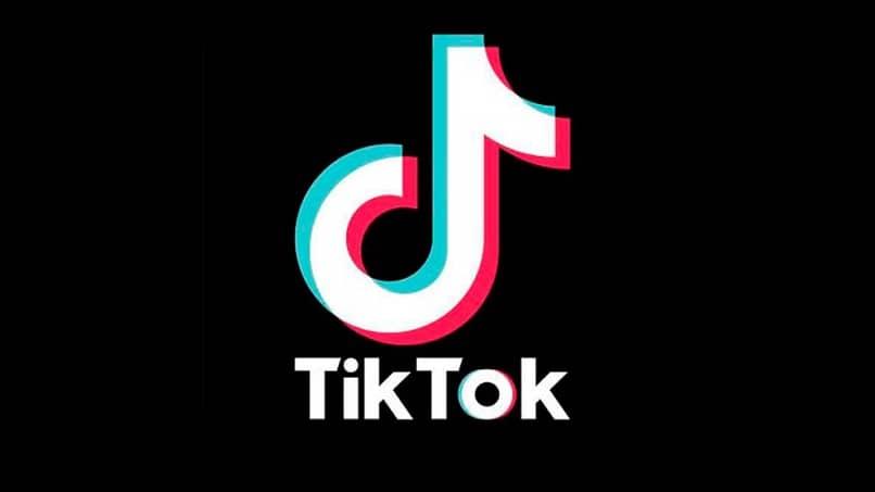 Cómo poner o agregar letras y texto a videos de TikTok durante la grabación