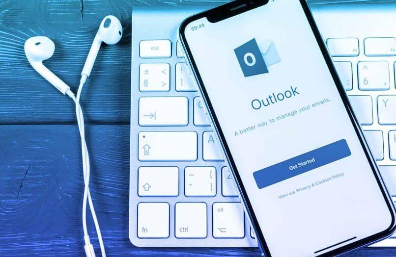 Cómo usar un encabezado como encabezado y configurar o editar una firma en Outlook o Hotmail