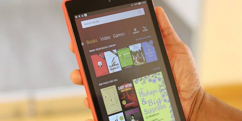 Cómo tomar o tomar una captura de pantalla con mi Kindle Fire HD (ejemplo)