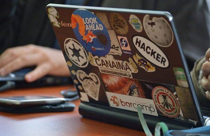 ¿Qué es el software libre y en qué consiste?  Ventajas y desventajas