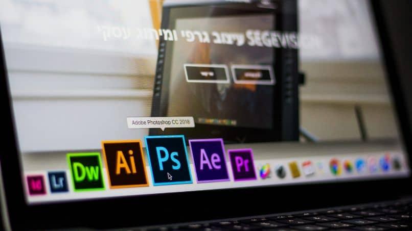 Cómo hacer zoom en Adobe Illustrator: combinaciones y accesos directos