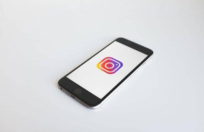 ¿Por qué la cámara de Instagram hace zoom en las historias?  – solución