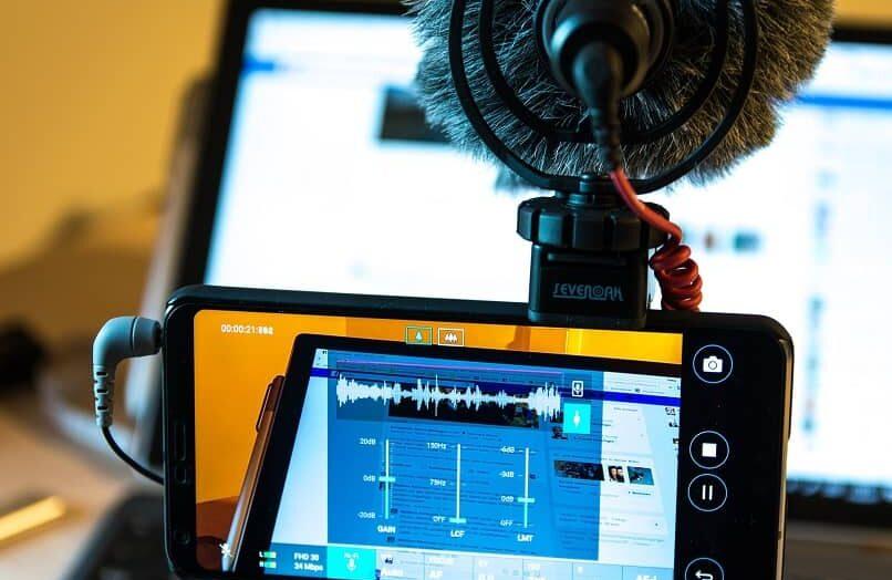Conecte fácilmente un micrófono externo a su móvil o tableta Android